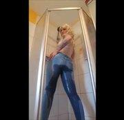 Vollgepisste Jeans reicht mir nicht, ich will es noch nasser