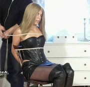 Blonde Chairtied