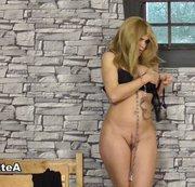 Blonde Reiterin In Reitstiefeln Ganz Nackt RS