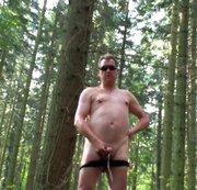 Neulich  im Wald . .
