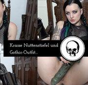 Krasse Nuttenstiefel und Gothic Outfit