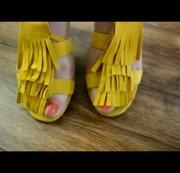 Geile Velours Leder Sandaletten abzugeben werden Dir gefallen