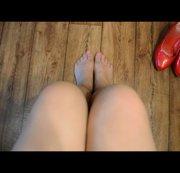 8 den Nylons und meine geliebten Roten Lack Pumps
