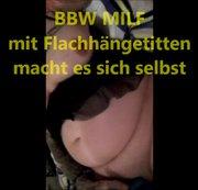 BBW mit Flachhängetitten macht es sich selbst....