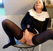 Die Notgeile Nonne 2 (RS)