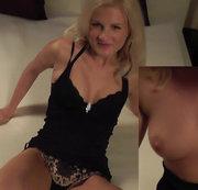 Sexy Blondie will ficken und Sperma naschen...