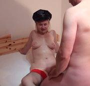 Polizistin wird besamt