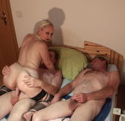 Extrem harter Gruppenfick + SQUIRTING