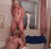 Sei mein eigener Toilettensklave mach deinen Mund weit auf und schlucke alles