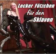 Lecker Fötzchen für den Sklaven