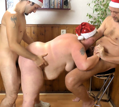 Adventskalender 06 - Blowjob beim Doggyfick
