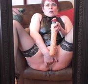 Meine extreme Squirting-Fotze vor dem Spiegel